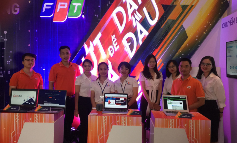 FPT HI GIO CLOUD AND OFFICE 365 AT THE VIETNAM ICT SUMMIT 2019